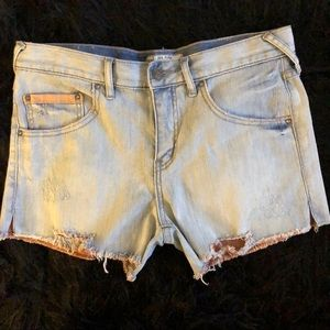 Free People Distressed Cut Off Shorts Sz 28